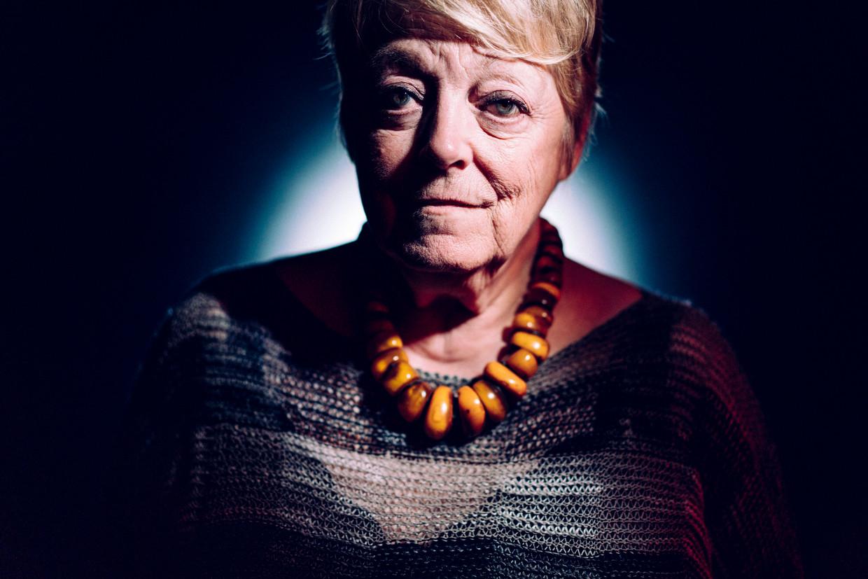 Annemie Neyts:  'Het gemak waarmee oudere mensen nu van hun vrijheid beroofd worden en opgesloten worden, vind ik bijzonder choquant.' Beeld © Stefaan Temmerman