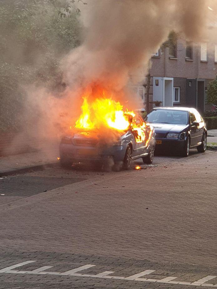 Autobrand in Den Bosch.