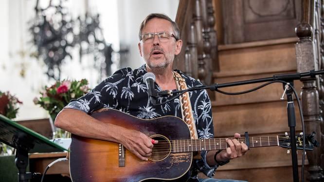 Muzikale lessen in barmhartigheid van Sjef Hermans: 'Ook ik kan nog veel verbeteren aan mezelf'