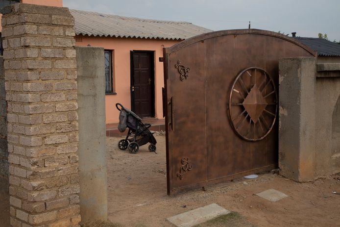 Het huis van de vrouw in Tembisa, nabij Johannesburg.