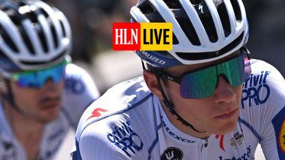 KIJK LIVE. We zijn aan de voet van de klim naar Madonna del Ghisallo! De Ronde van Lombardije kan nu écht beginnen