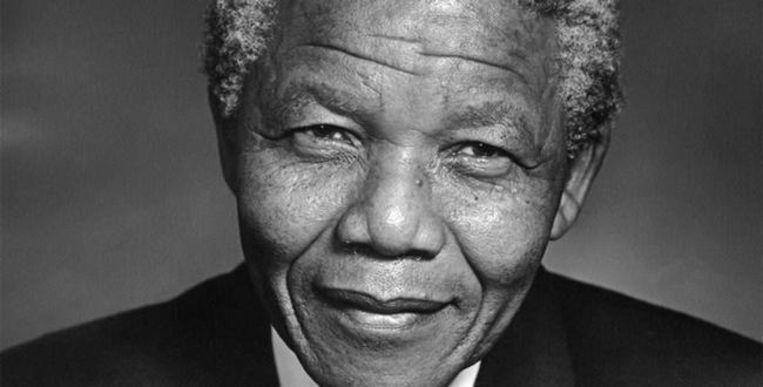Nelson Mandela Beeld rv