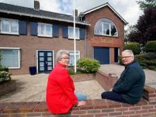 Ellis en Hans wonen in een voormalige melkfabriek: 'Het is een markant gebouw'
