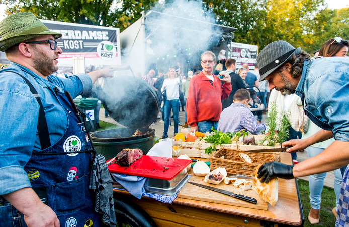 Het festival RotterdamseKost staat al jaren op de agenda bij muziek- en culinairminnend Rotterdam.