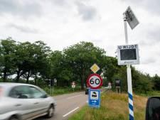 Verlaging maximumsnelheid 'dodenweg' bij Apeldoorn werkt: 'Vanaf dag één wordt er minder hard gereden'