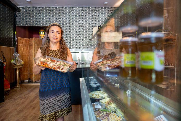 MECHELEN Zahia Belkhiri vormde haar Marokkaans restaurant om tot Delicatessenboetiek By Zahia