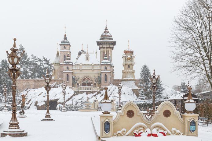 Symbolica in winterse sferen met veel onaangeroerde sneeuw.