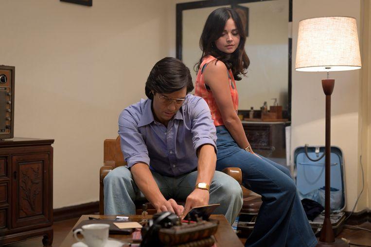 Tahar Rahim en Jenna Coleman in 'The Serpent'. Beeld NETFLIX/Mammoth Screen