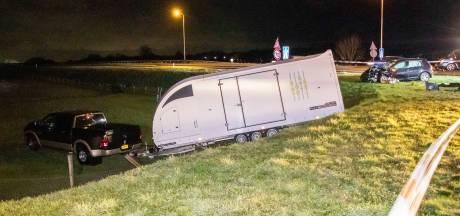 Ernstig ongeluk in Ellecom; automobilist met spoed naar ziekenhuis