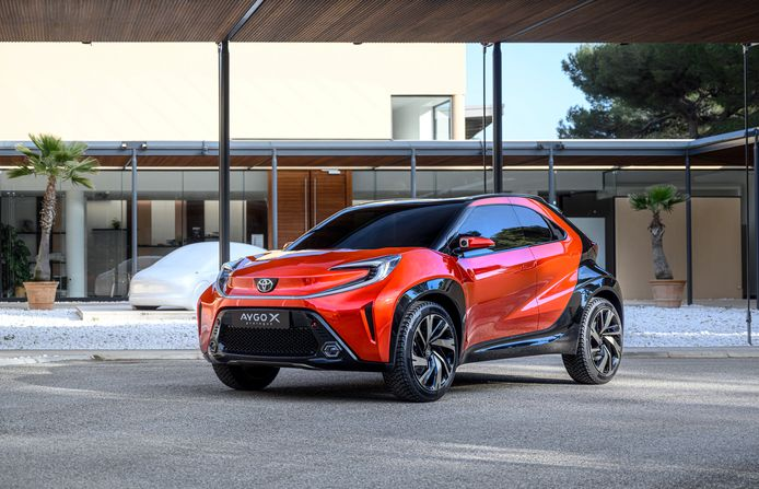 Het conceptmodel van de nieuwe Aygo. Zo extreem als dit prototype zal hij waarschijnlijk niet worden, al heeft Toyota de afgelopen tijd meermaals bewezen gedurfd design niet te schuwen. Kijk maar naar de C-HR of de jongste Yaris.
