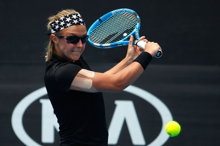 Kirsten Flipkens schoof op de Australian Open in Melbourne  de Amerikaanse Alison Riske opzij in drie sets. Beeld Getty Images