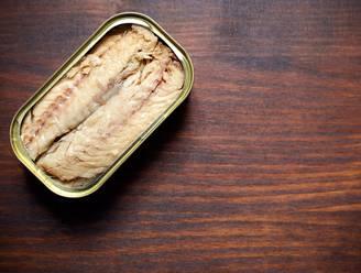 Frisse Start quizmaster: je kunt beter verse vis dan vis uit blik eten