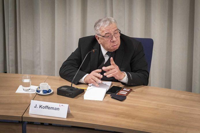 Jan Koffeman van hart voor Urk tijdens het spoeddebat
