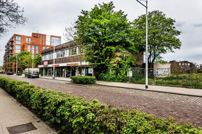 Op de plek waar vroeger Lips Textielservice was gevestigd en daarna de Stadstuinderij, komt een 'robuuste woontoren' pal aan de Havendijk te staan.