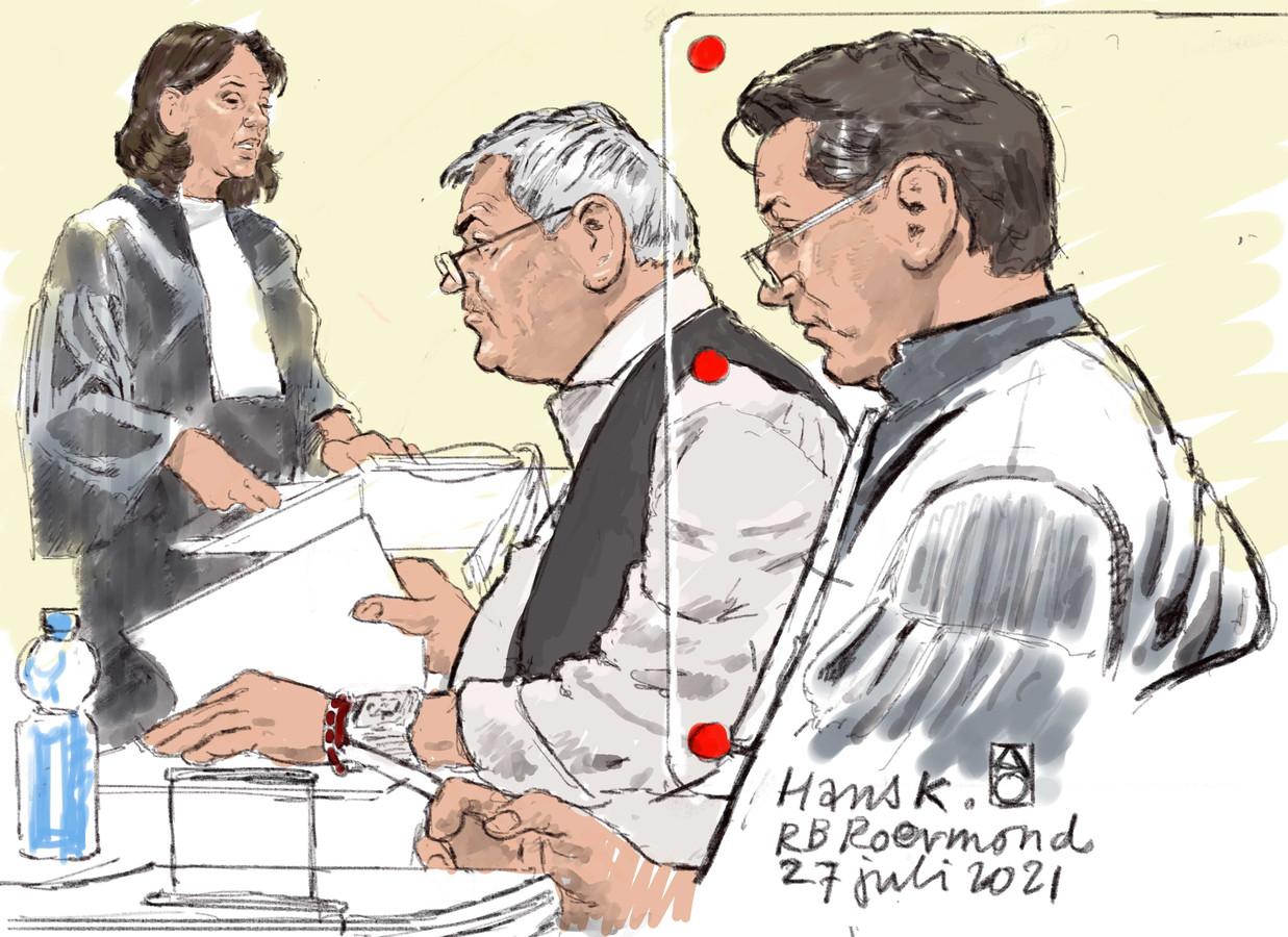 De officier van justitie (procureur), verdachte Hans K. en zijn advocaat Marijn Zuketto in de rechtbank in Roermond.