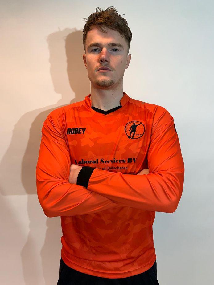 Joost de Kubber in het shirt van zijn nieuwe club, de Middelburger speelt komend seizoen bij SC Kruisland.