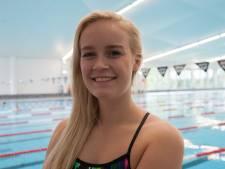Zwemster Lisa (20) op vier afstanden geplaatst voor Paralympische Spelen: 'Denk nog steeds dat ik harder kan'