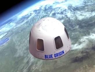 Jeff Bezos gaat in juli zelf mee de ruimte in op eerste passagiersruimtevlucht van zijn bedrijf Blue Origin