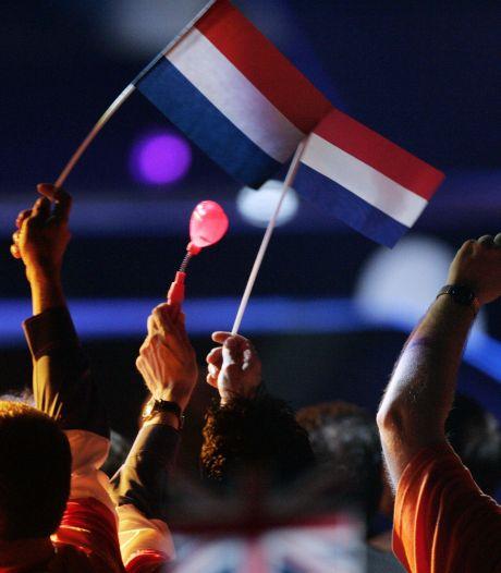 Rotterdam zit niet bij pakken neer: 'Corona overwinnen en volgend jaar knallen met songfestival'