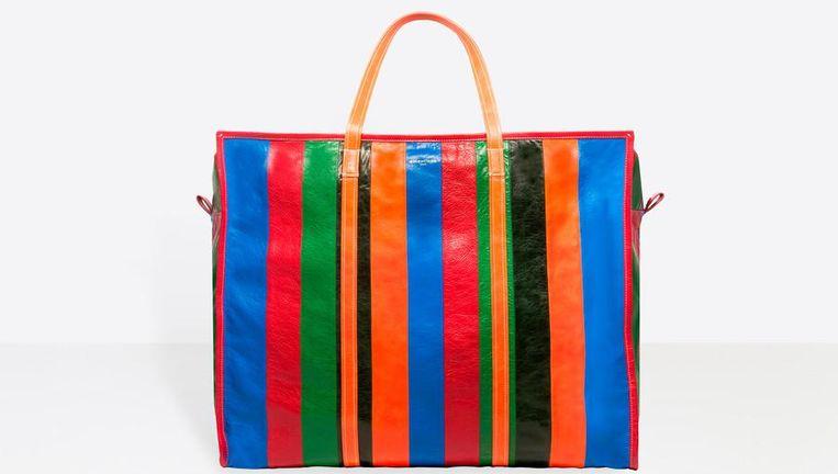 €1.095, een tas van Balenciaga. Beeld