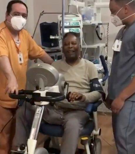 """Pelé fait de l'exercice et espère sortir bientôt de l'hôpital: """"En pédalant de cette façon, je retourne bientôt à Santos"""""""