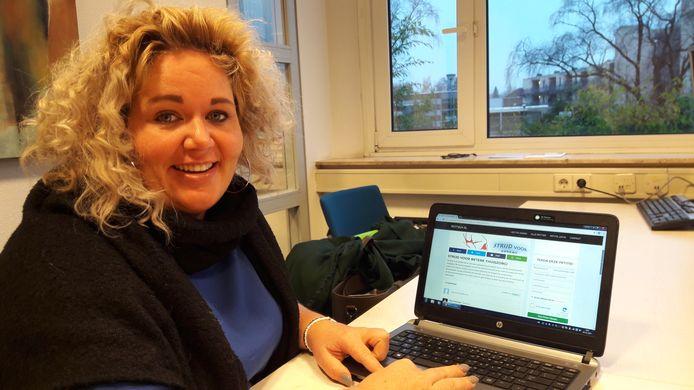 Carmen van Hout . Haar petitie staat op www.petitie24.nl