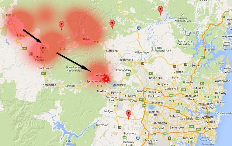 Worst-case scenario: de branden bij Lithgow en Mount Victoria sluiten zich aan bij de brand in Springwood, aan de rand van Sydney. Beeld Unorthodox.com.au