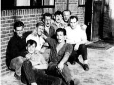 Gezocht! Weet jij wie deze stadionbouwers van Go Ahead Eagles zijn?