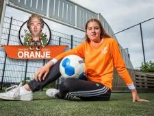 Melissa (15) uit Zwolle speelt bij het andere Oranje én het échte Oranje: 'Een droom die uitkomt'