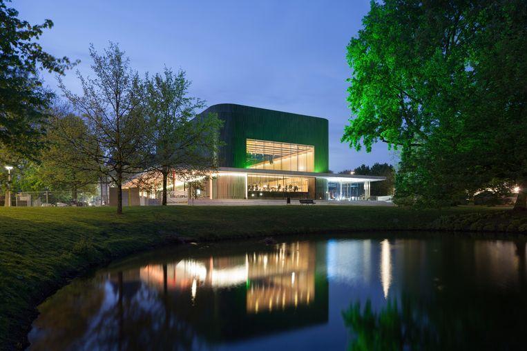 Nieuw zijn de groene keramiekgevels van het muziekhuis Musis Sacrum. Foto: Bart van Hoek  Beeld rv