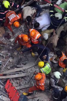 Meerdere doden en tientallen vermisten na instorten van gebouw in Mumbai