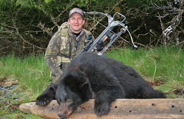 **Weer een maatregel van Obama teruggedraaid: Regering Trump berooft beer en wolf in Alaska van federale bescherming**