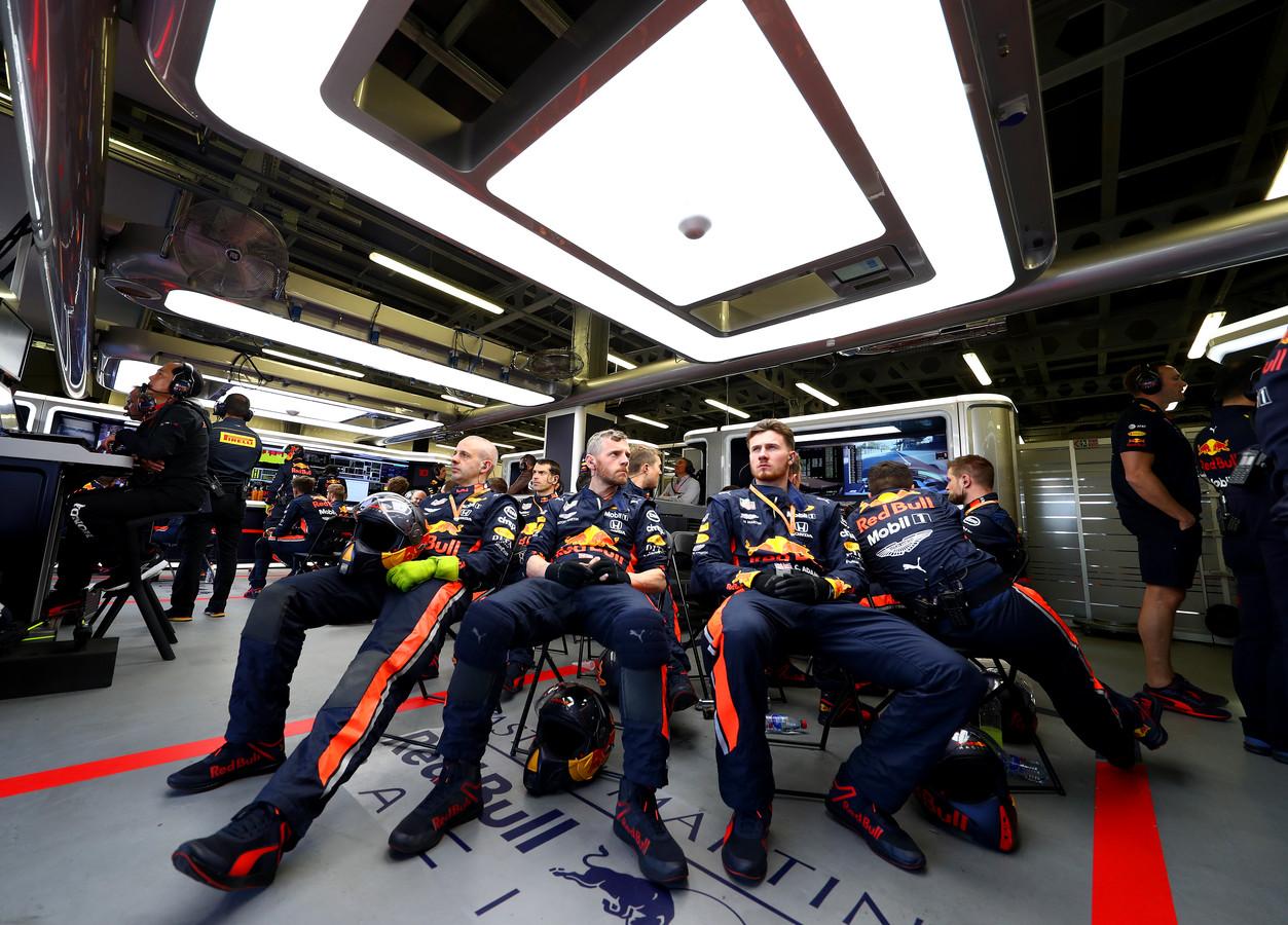 Monteurs van Red Bull.