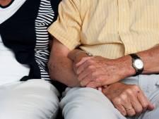 Waarom het belangrijk is dat ouderen nog seks hebben