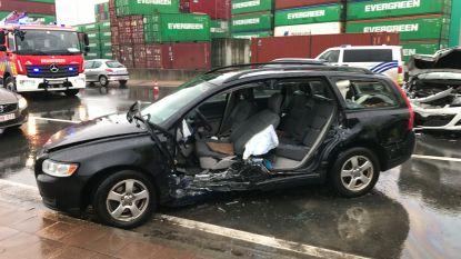 Ongeval in Antwerpse haven: drie slachtoffers naar ziekenhuis