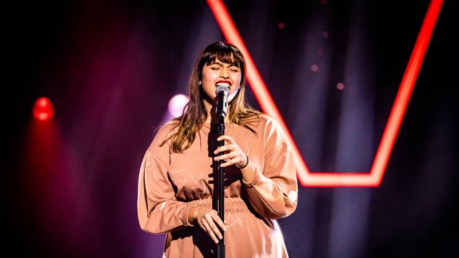 Een stoelendans, een zingende dakwerker en een talentvolle tweeling: dit was de vierde aflevering van 'The Voice van Vlaanderen'