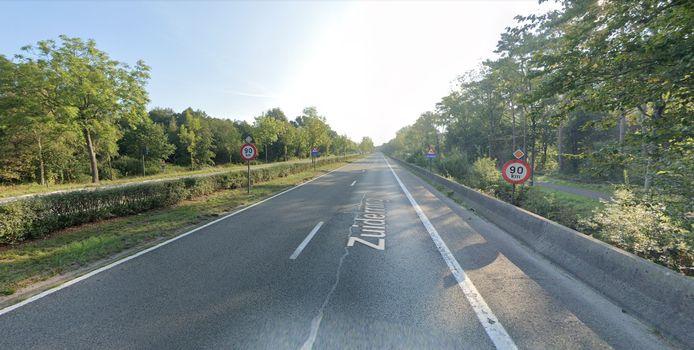 Het ongeval gebeurde in de buurt van het kruispunt met Slagmolenstraat.