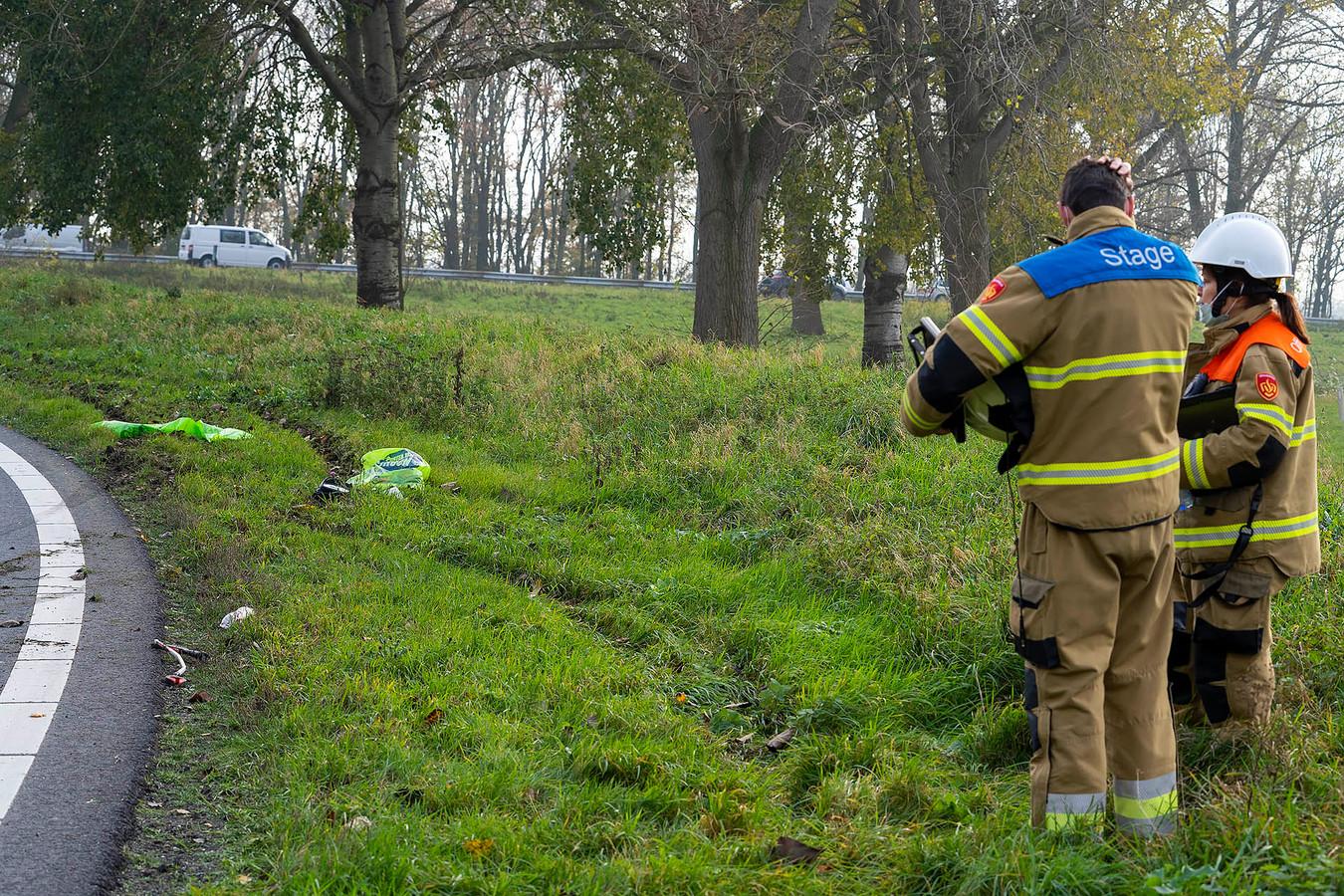 Bij de afrit van de A50 vloog een automobilist uit de bocht die Michel schepte.
