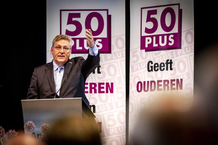 Henk Krol tijdens een eerdere Algemene Ledenvergadering van 50Plus.
