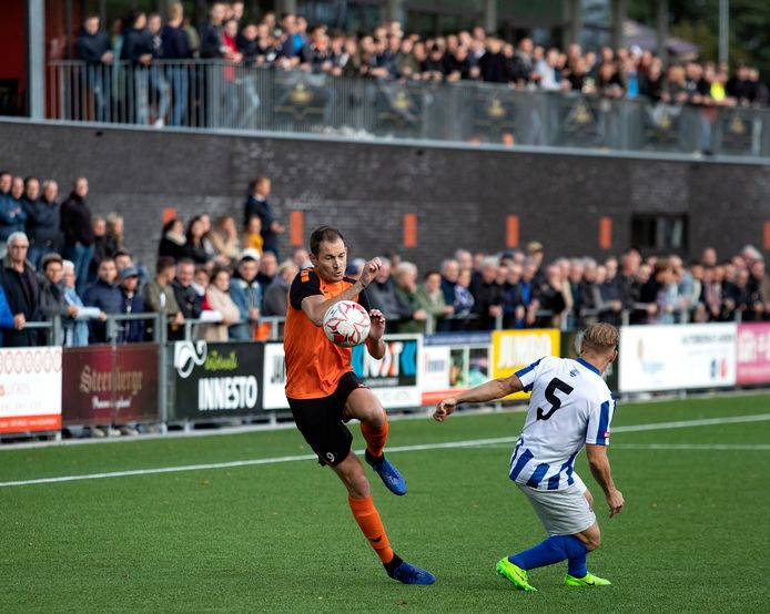 Jeroen van Deursen scoorde twee keer voor NWC.