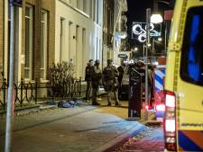 Zwaargewonde man aangetroffen bij inval arrestatieteam in Arnhem: 'Heb je die knal gehoord en die flits gezien?'