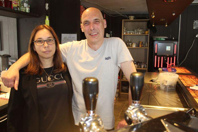 Vaness De Schryver en Christophe Coddens van café Reno.
