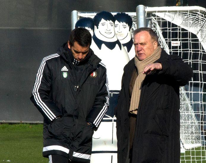 Dick Advocaat als adviseur van trainer Giovanni van Bronckhorst.