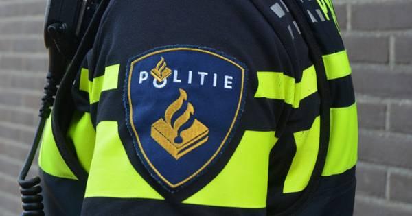 Aanrijding mondt uit in vechtpartij in Enschede: politie grijpt in.
