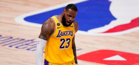 LeBron James blijft langer bij LA Lakers