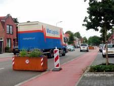 Zo moet de Bredaseweg écht veiliger worden: 'De trucks slingeren nu nog steeds langs de bloembakken'
