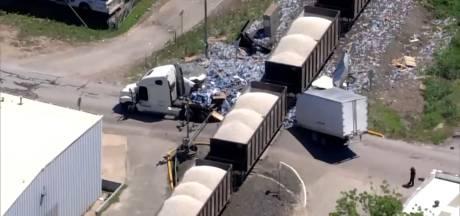 Un camion coupé en deux par un train au Texas