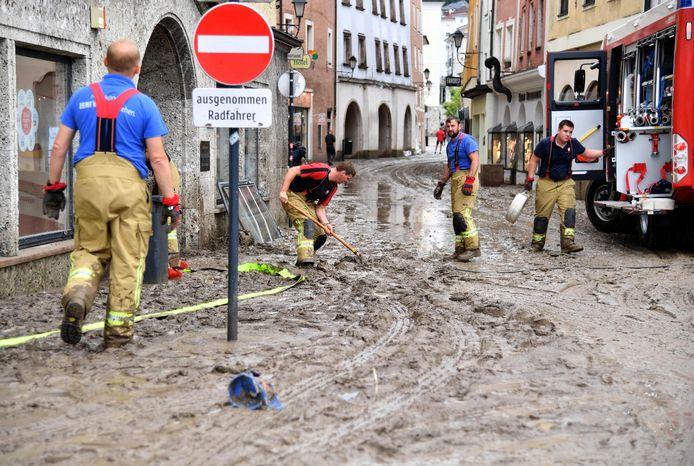 Het Oostenrijkse Hallein werd zwaar getroffen door het noodweer gisterenavond.