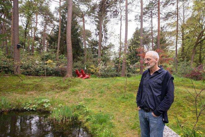 Paul Janssen bezit ook een Heuvelrugtuin in Lage Vuursche.