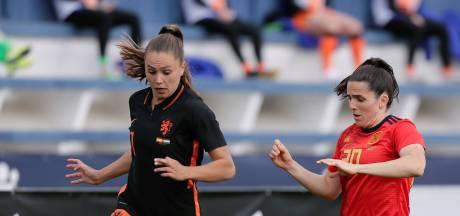 Oppermachtig Spanje geeft zwakke Oranjevrouwen stof tot nadenken
